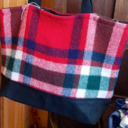 Shopping Bags with Vintage Material